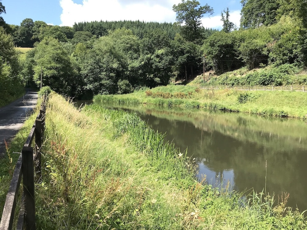 Tintern countrside - small lake by the road